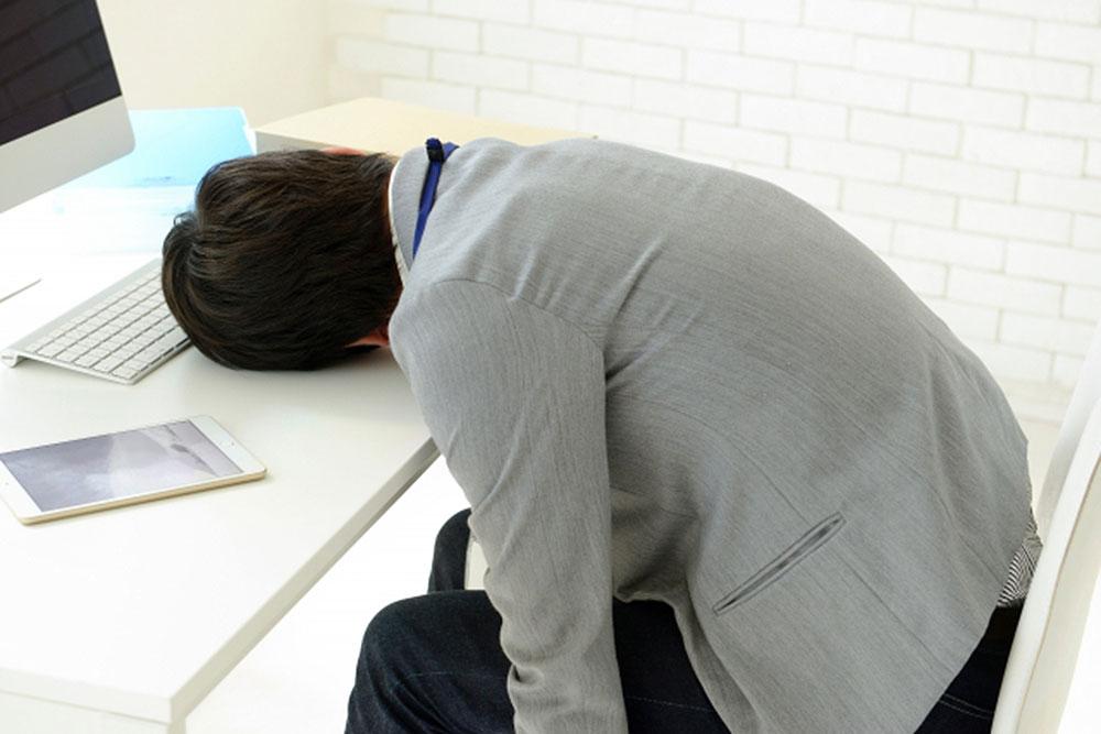 ネットで疲れる人